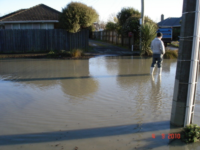 Flooding in a residential area (2)