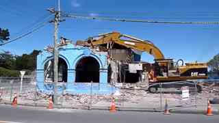 The Demolition of the Ozone Hotel